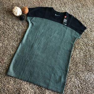 Under Armour Loose Women's Sweatshirt Size L